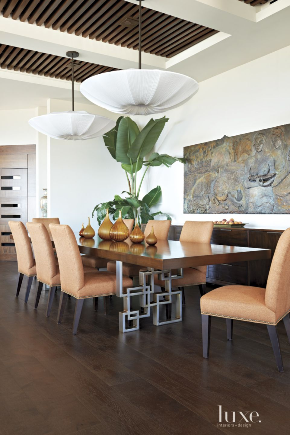 Modern White Dining Room with Slatted Ceiling
