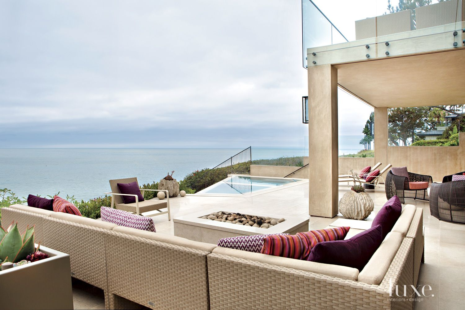 Contemporary Neutral Patio with Ocean View