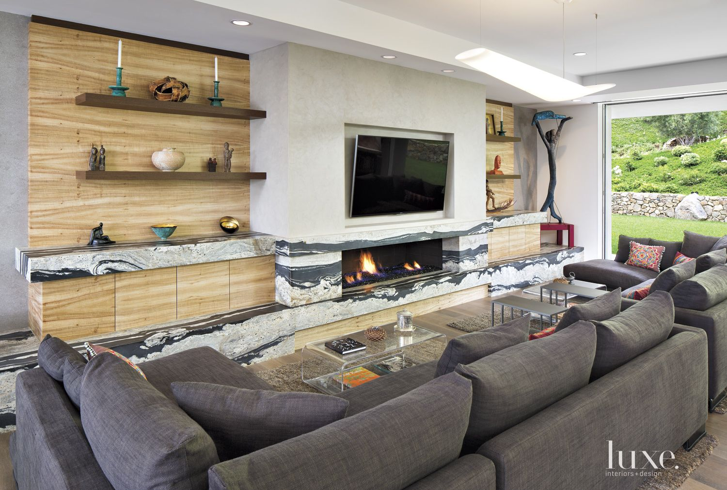 Contemporary Neutral Great Room with Patterned Granite & Sandstone