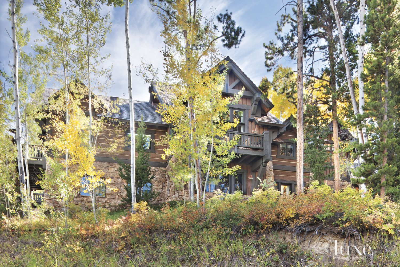 Brown Mountain Rear Elevation Landscape