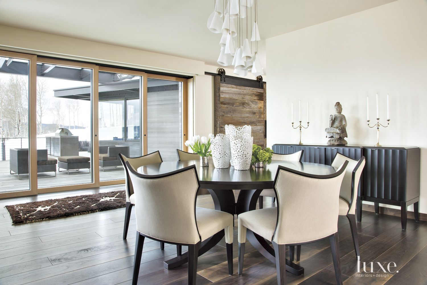 White Mountain Casual Dining Nook