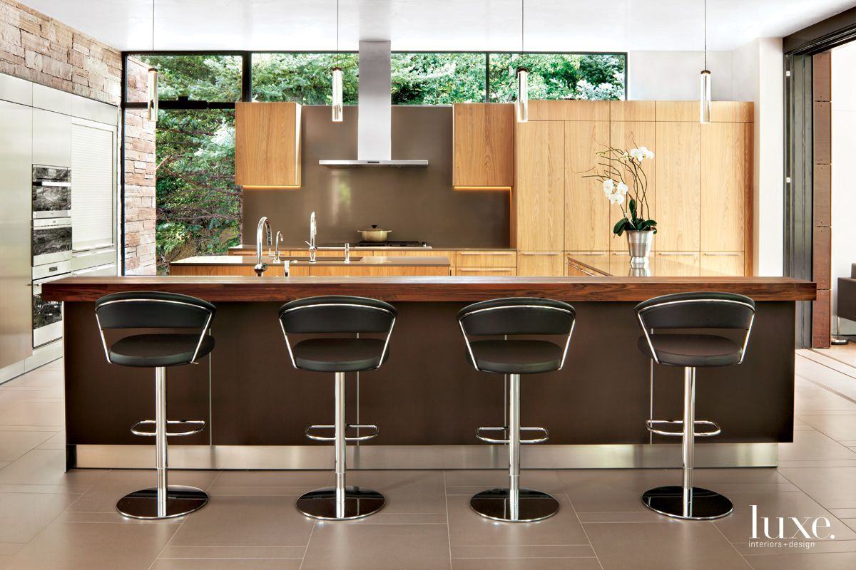Contemporary Neutral Kitchen with Quartz Pendants