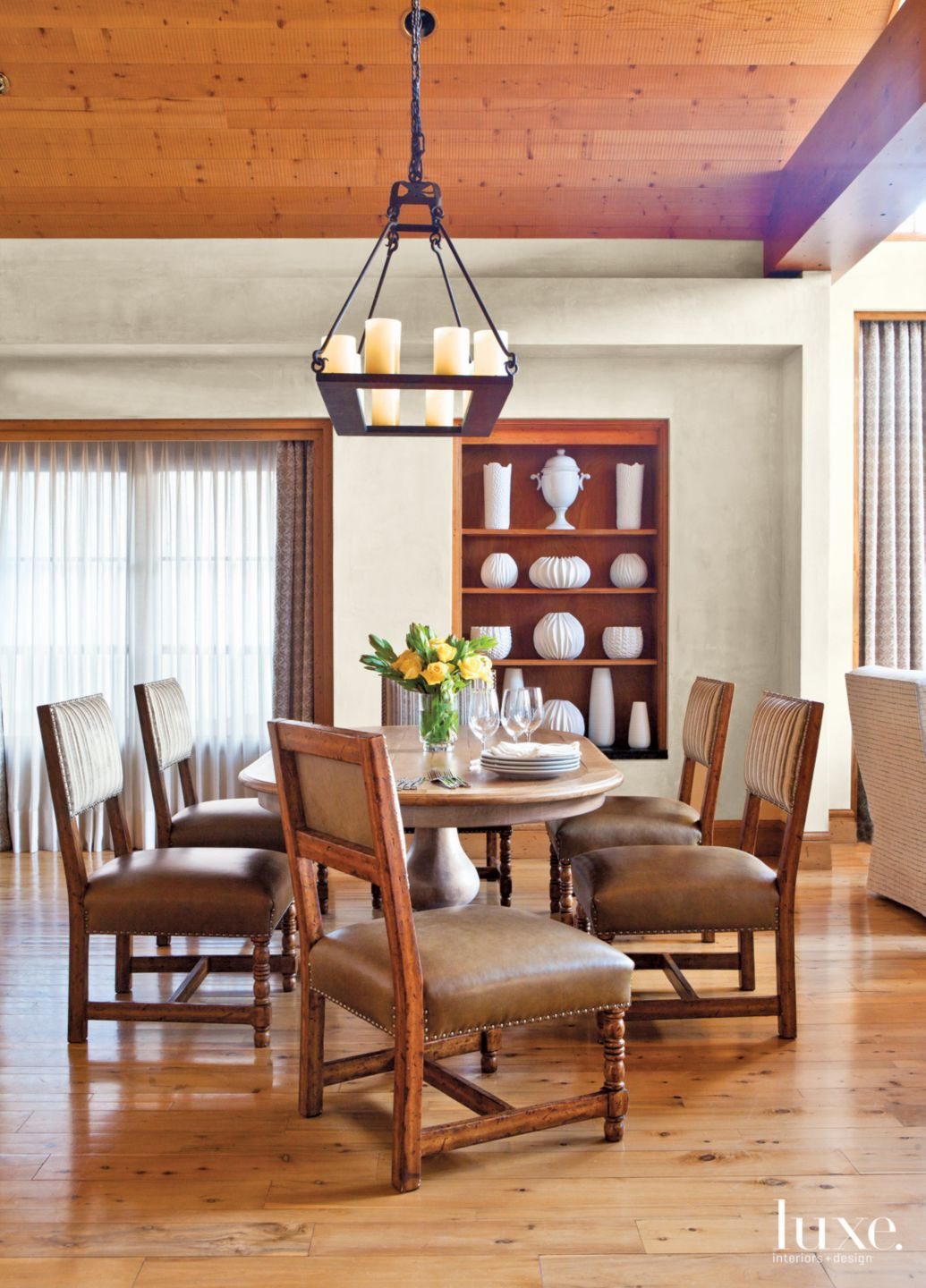 Contemporary Neutral Dining Room with Oval Dining Table