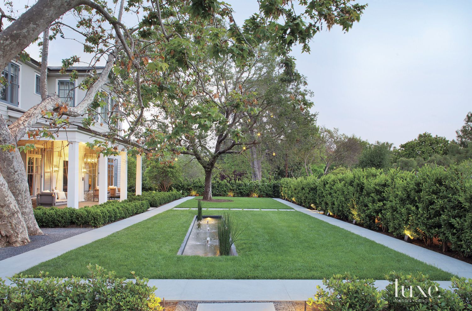 Traditional Front Exterior Landscape