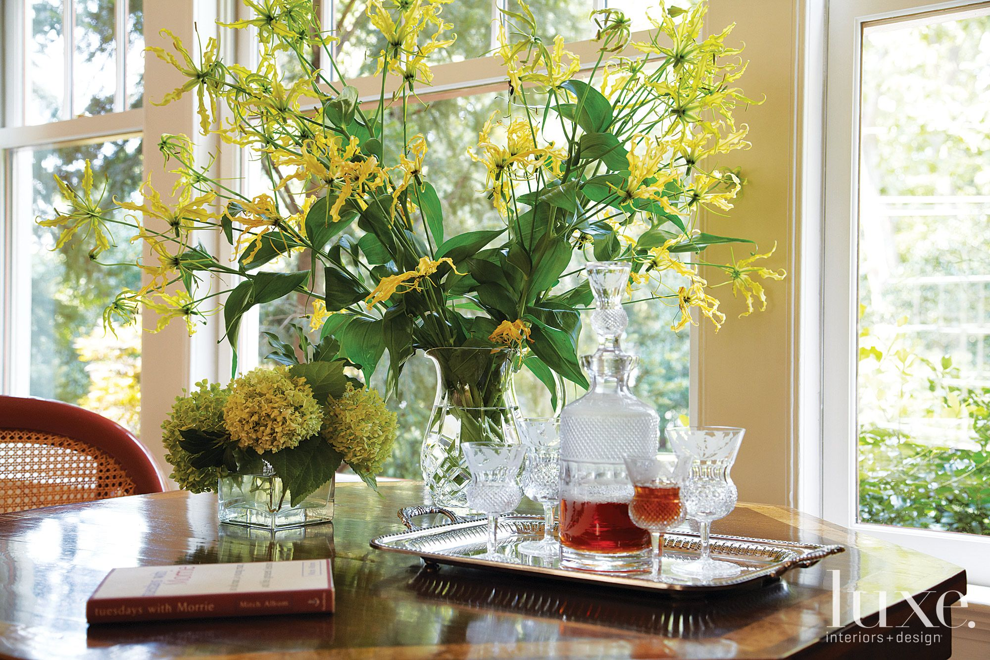 Traditional Breakfast Area Table Setting