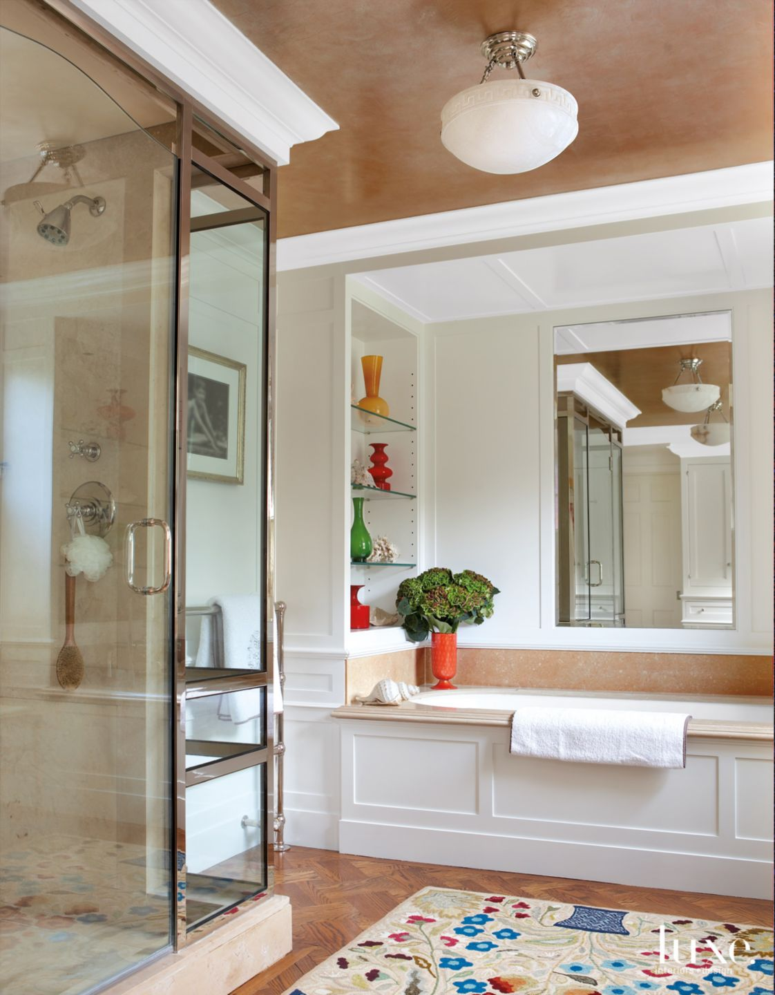 Traditional Neutral Master Bath with Glossy Paneled Walls