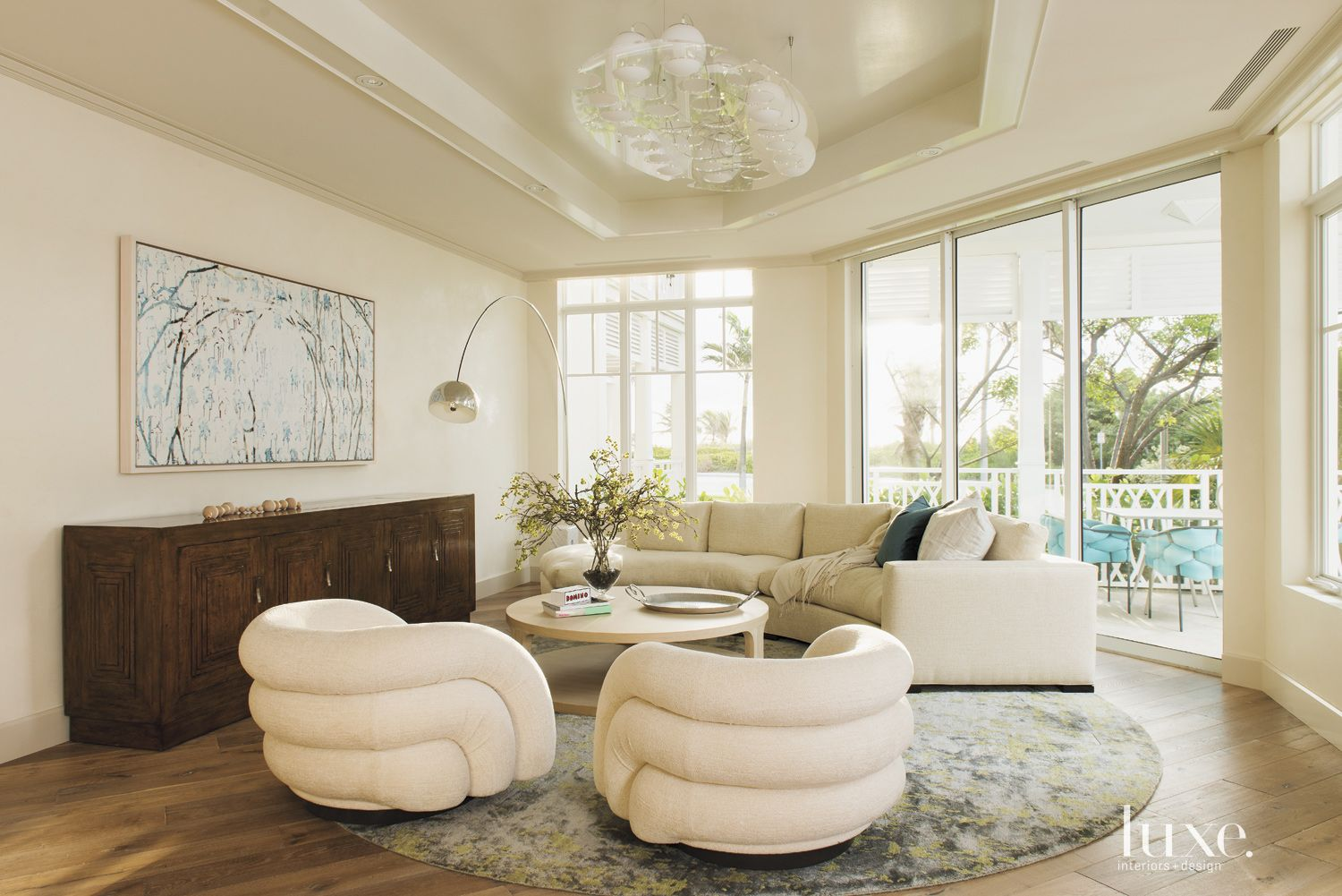 Eclectic Cream Living Room with Recessed Ceiling