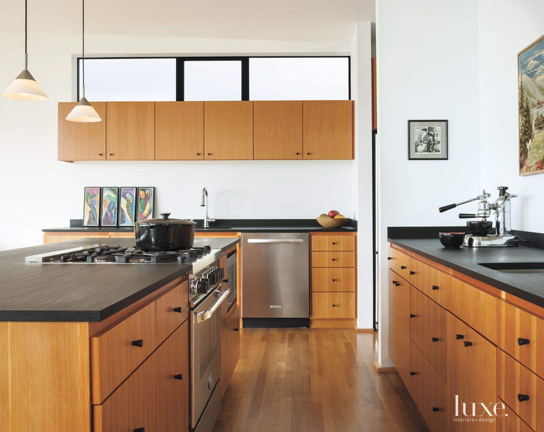 Modern Sustainably-Built Kitchen
