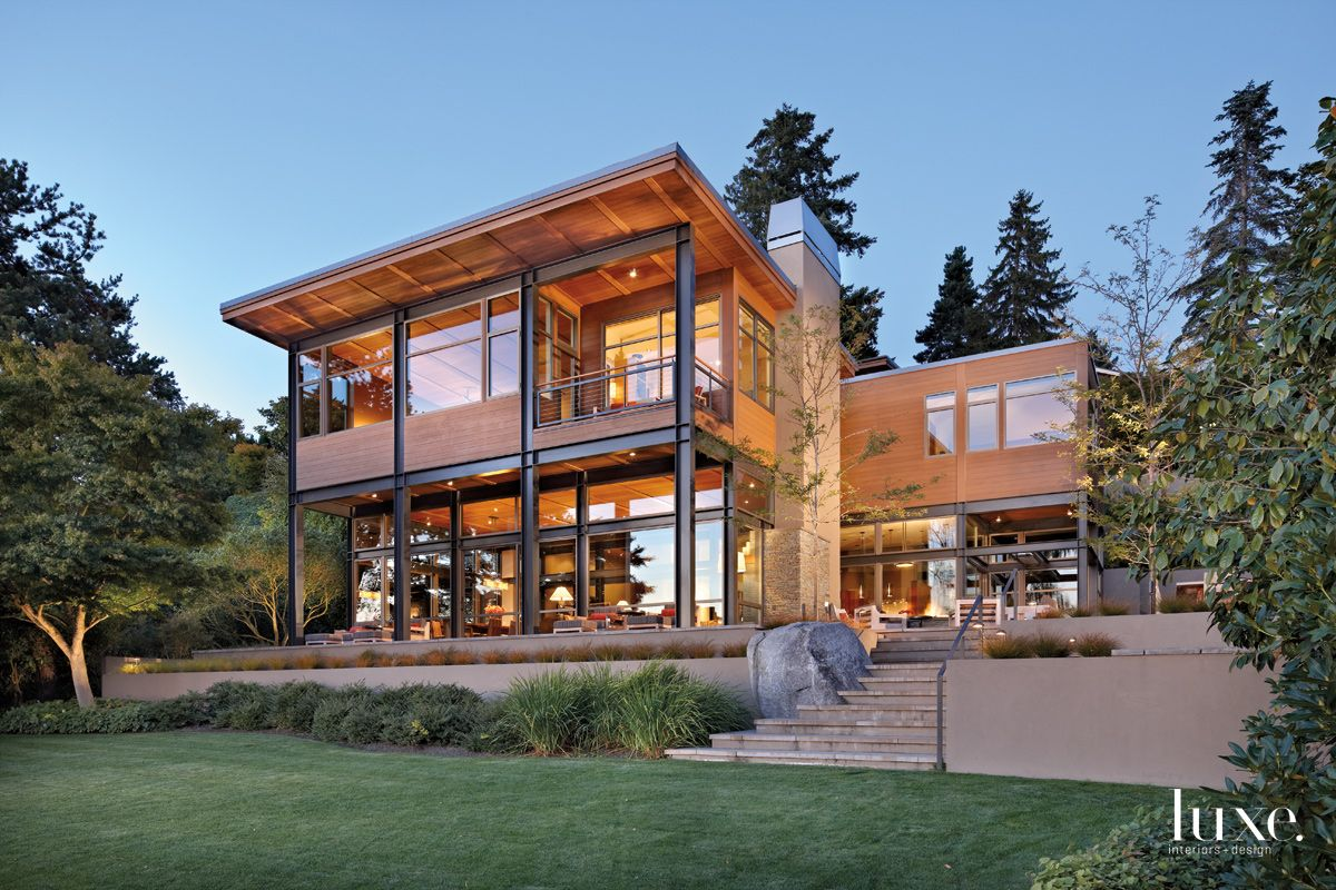 Modern Neutral Exterior with a Mix of Materials