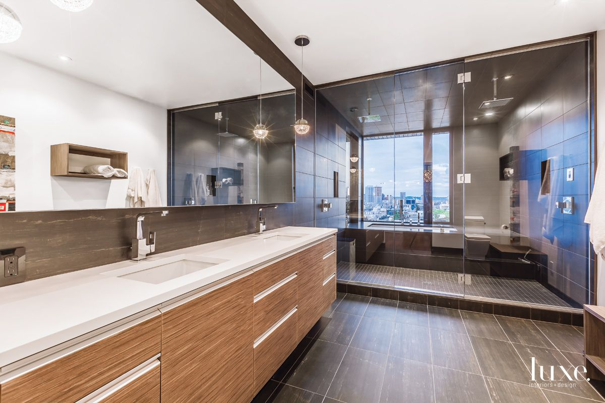 White Modern Master Bathroom With Floating Vanity Luxe Interiors Design