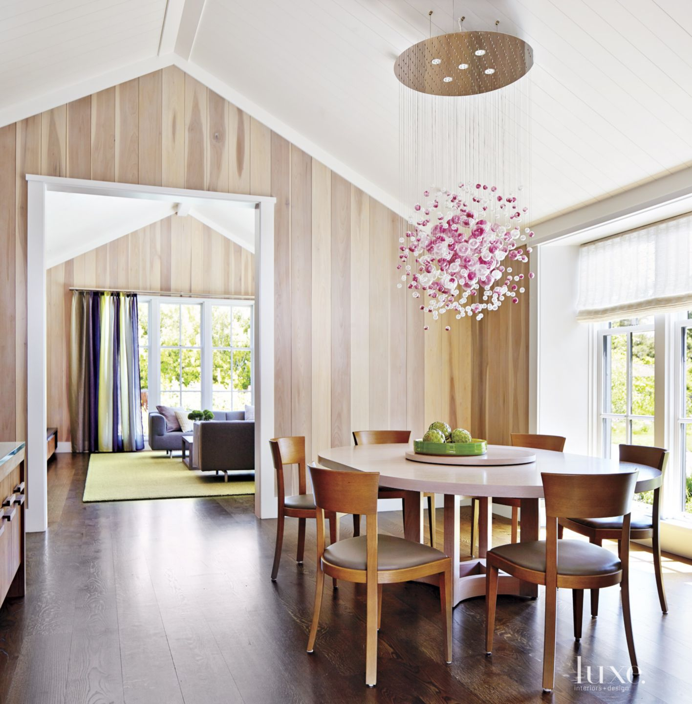 Contemporary Neutral Breakfast Area with White Oak Chairs