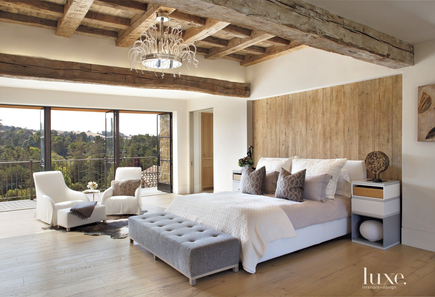 A Transitional Los Altos Hills Home With French Provincial Roots Luxe Interiors Design