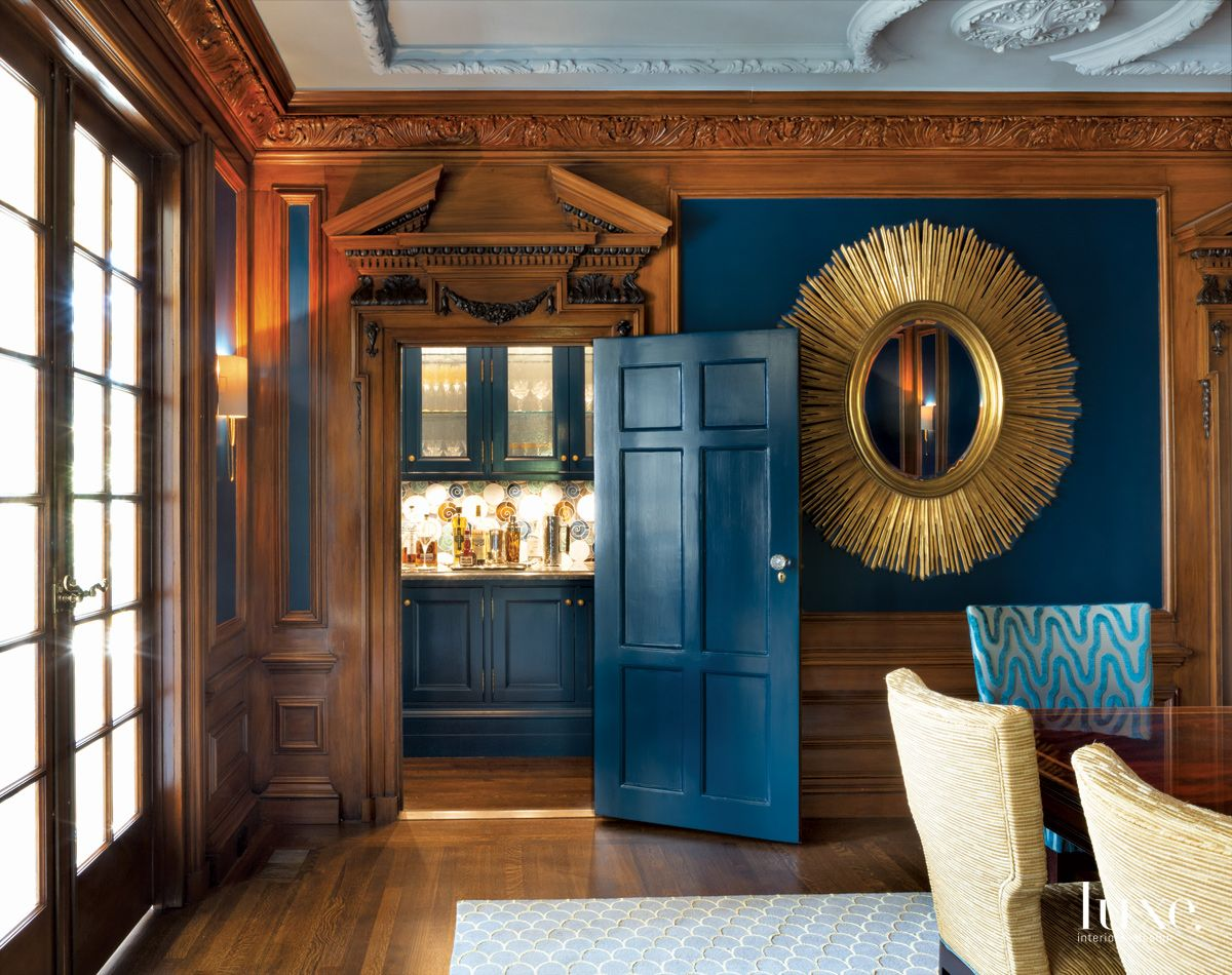 Traditional Blue Dining Room Butler's Pantry with Crown Molding