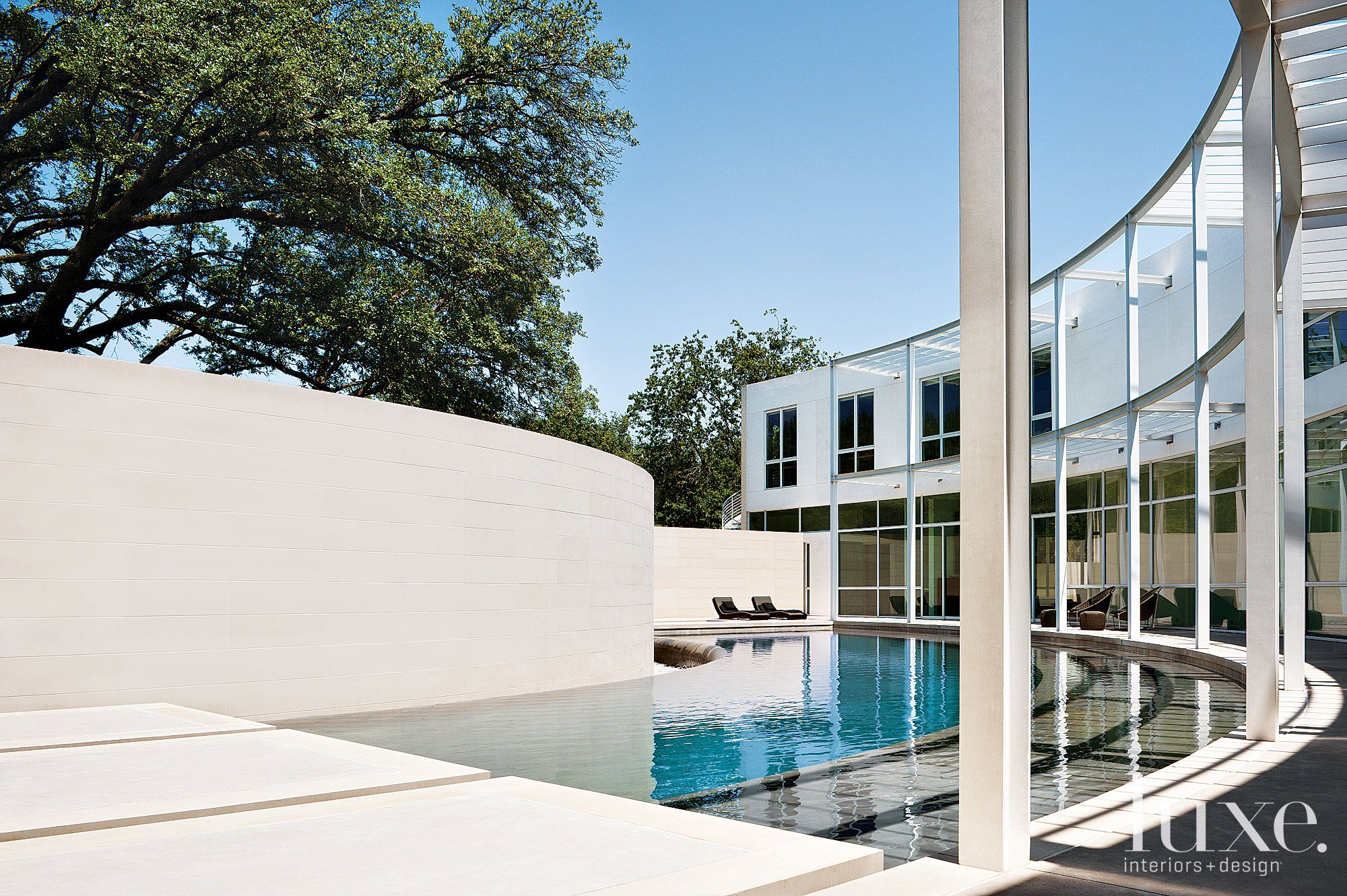 Modern White Exterior with Infinity Pool