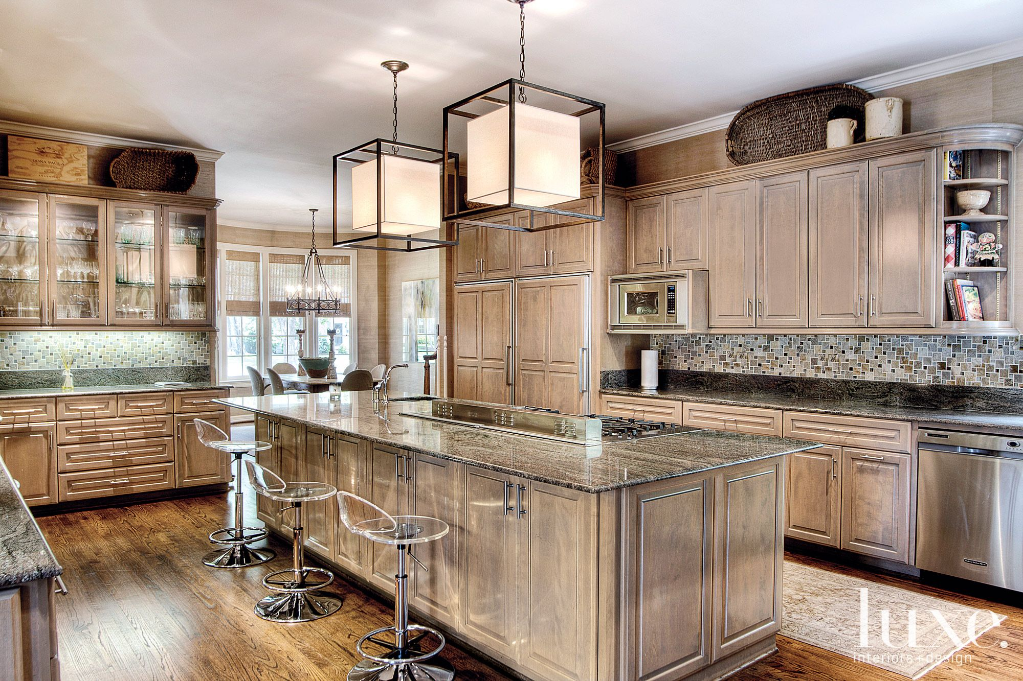 Traditional Neutral Kitchen with Geometric Pendants