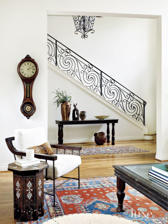 White Mediterranean Entry Staircase