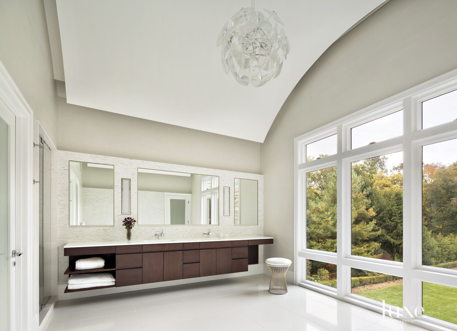 Transitional Neutral Bathroom with Barrel-Vaulted Ceiling