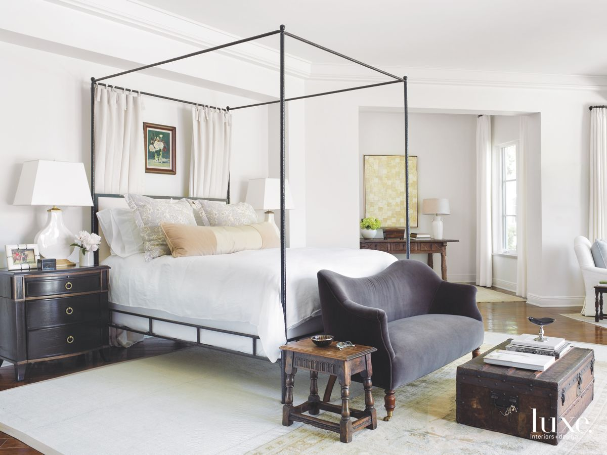 Uncluttered and Unfussy Master Bedroom