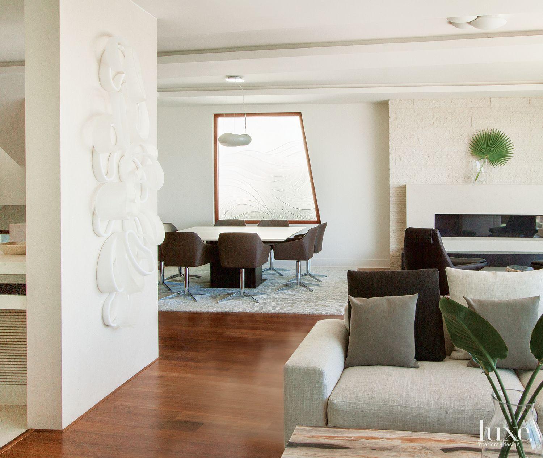 Contemporary Indoor-Outdoor Living Area