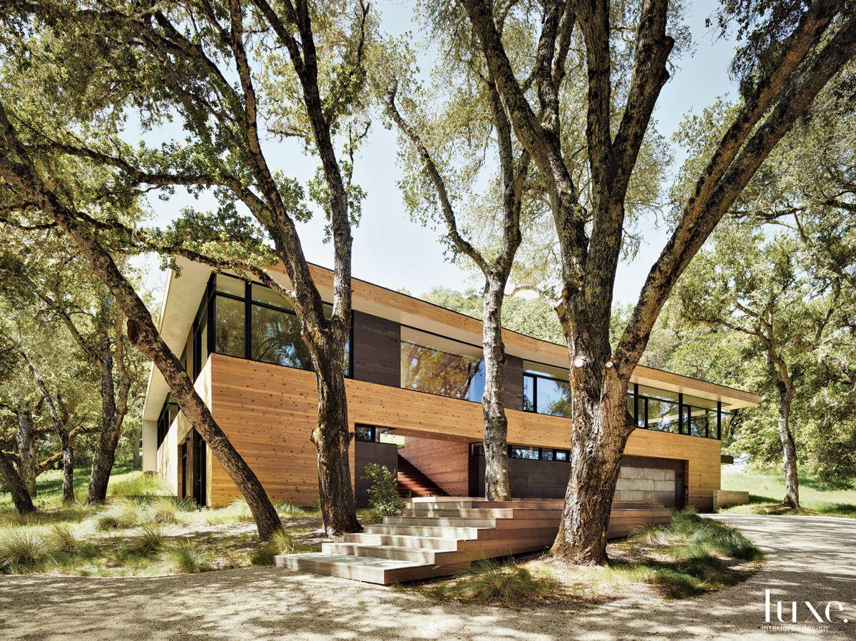 Modern Neutral Exterior with Oak Decking