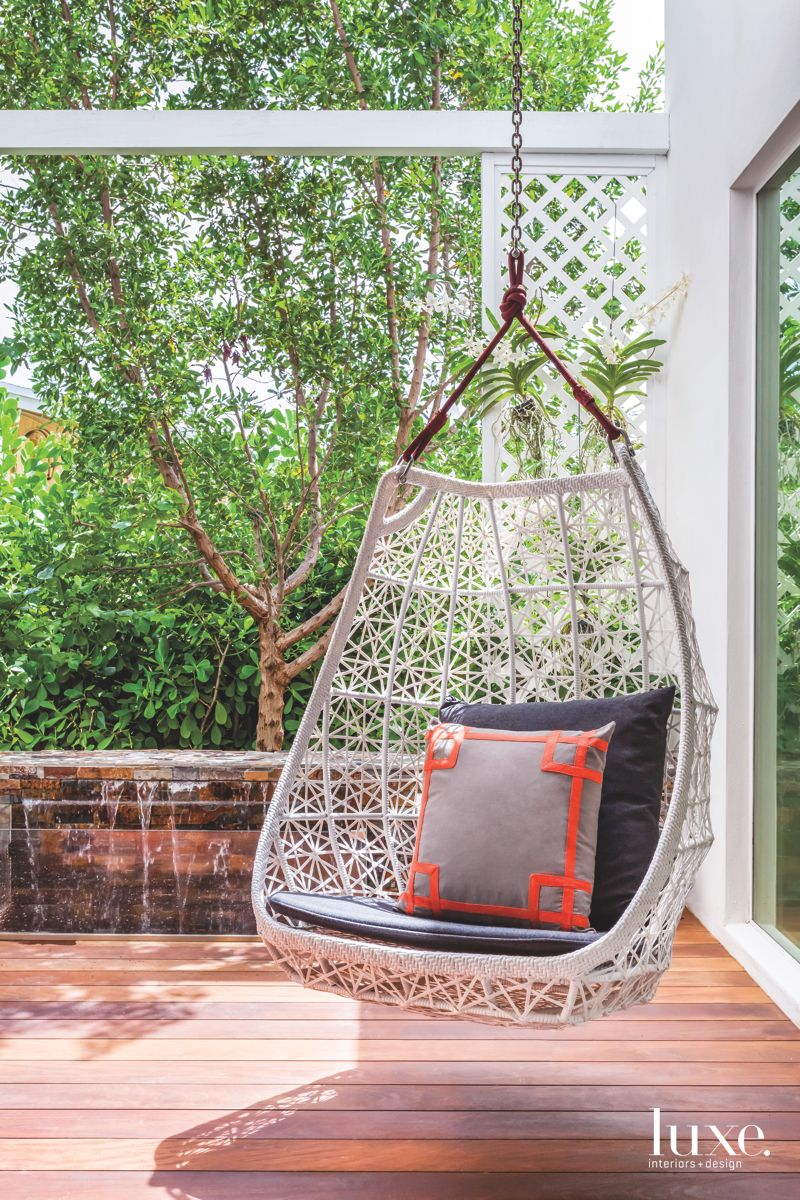 Outdoor Egg Swing on the Raised Patio