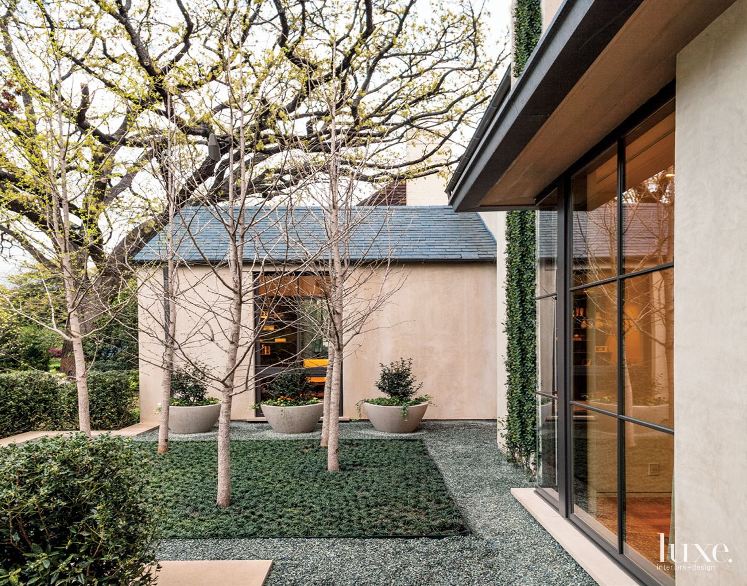 Contemporary Courtyard Entry