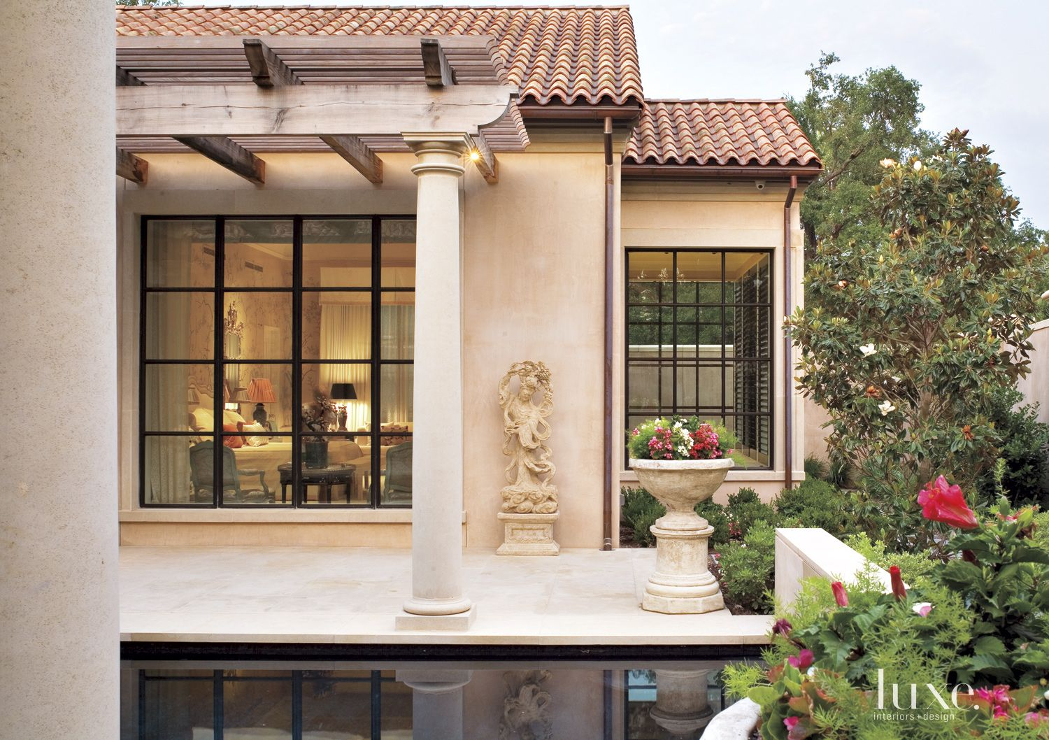 Traditional Neutral Exterior with Chinese Sculpture