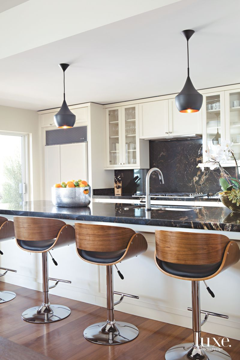 Black and Gold Kitchen Elements