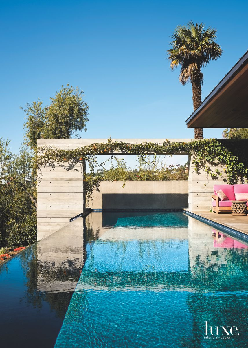 Infinity Pool Concrete Wall Outdoor with Roof Garden