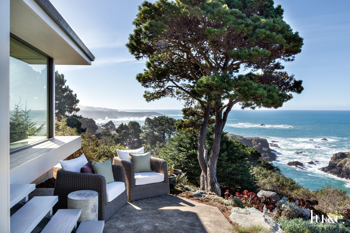 Contemporary Neutral Outdoor Space with Dramatic Coastal Views